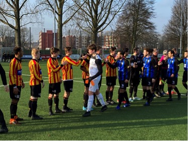 Sporting Martinus legt PVC over de knie: 7-1