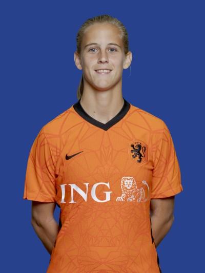 """&quote;Onze&quote; Oranjeleeuwin Katja Snoeijs geeft gouden tip: """"Houd plezier in het voetbal"""""""